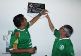 Develan placa en honor a Gilberto Valencia_6
