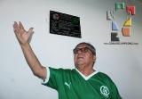 Develan placa en honor a Gilberto Valencia_9